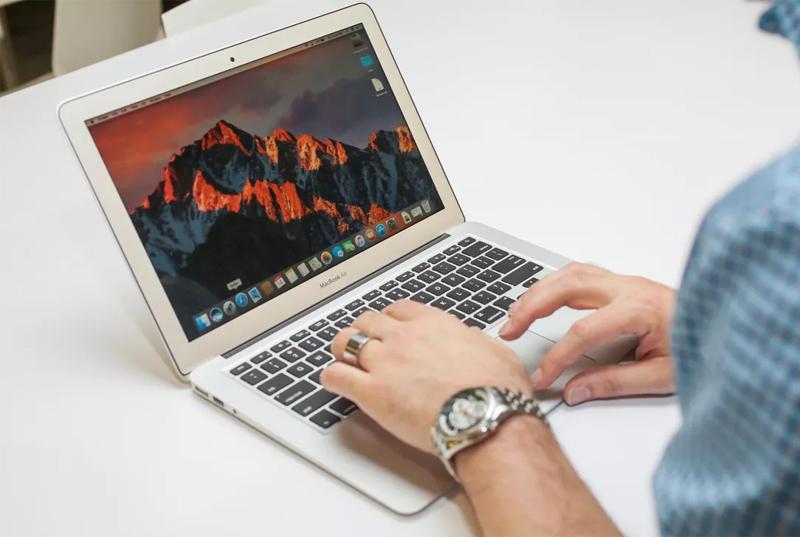 Hình mô tả thiết kế Laptop MacBook Air 2017 i5 128GB