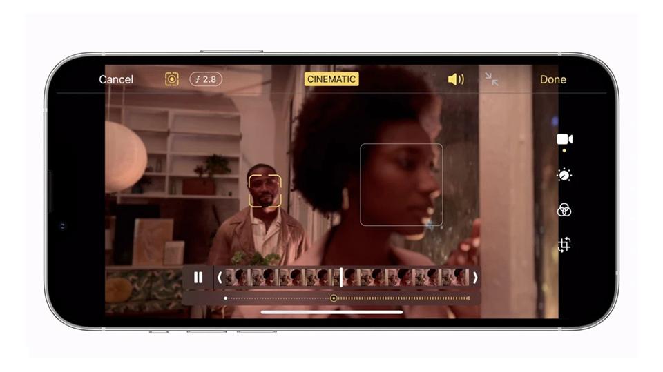 video điện ảnh iPhone 13 Pro Max