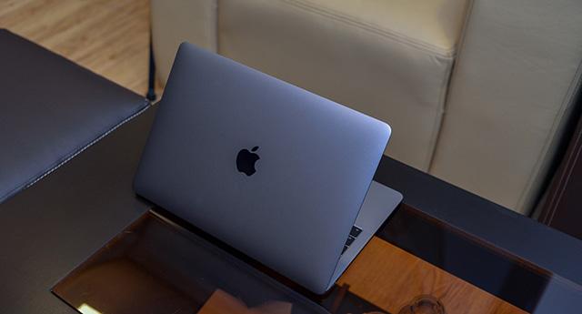 Thiết kế mang đậm phong cách Apple