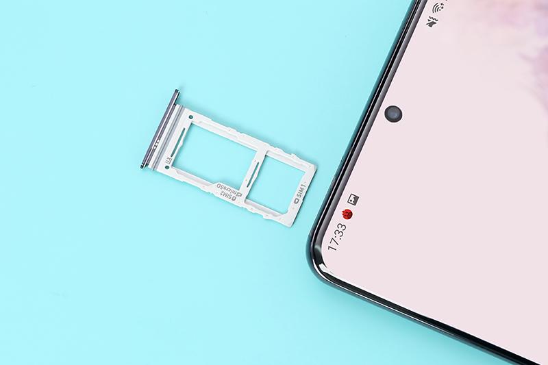 Điện thoại Samsung Galaxy S20 Ultra | Camera trước